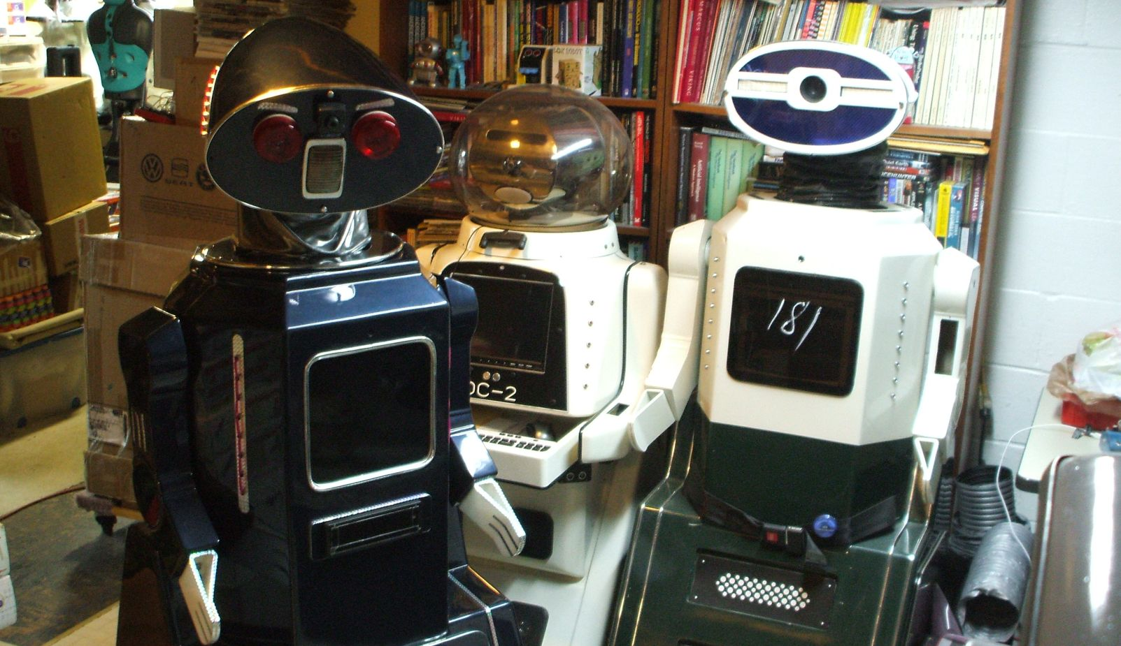 Large Showbot robots